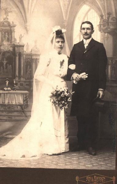 Historisches Foto, Hochzeitspaar um 1920 | Emil Roitsch