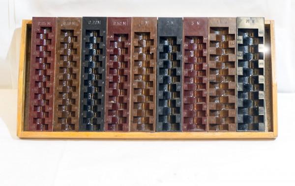 DDR Münzzählbrett | Zähleinlagen aus Bakelit Schub Holz