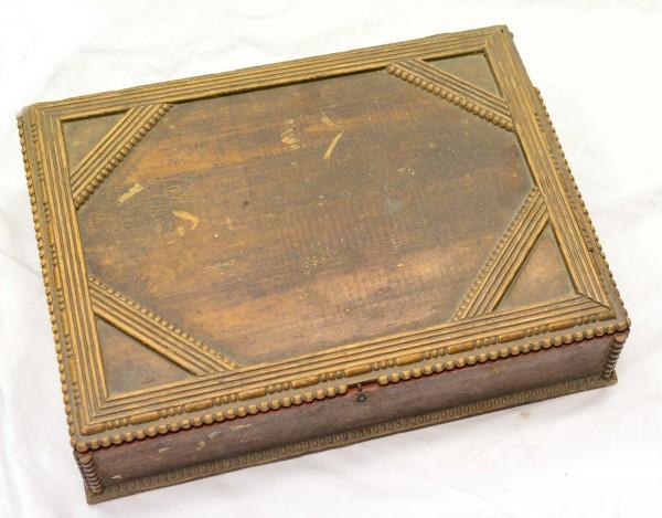 wunderv. alte antike Schatulle / Holzkiste zum restaurieren