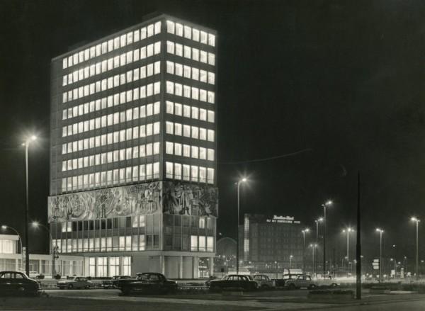 Ansichtskarte AK Berlin DDR Alexanderplatz Haus des Lehrers