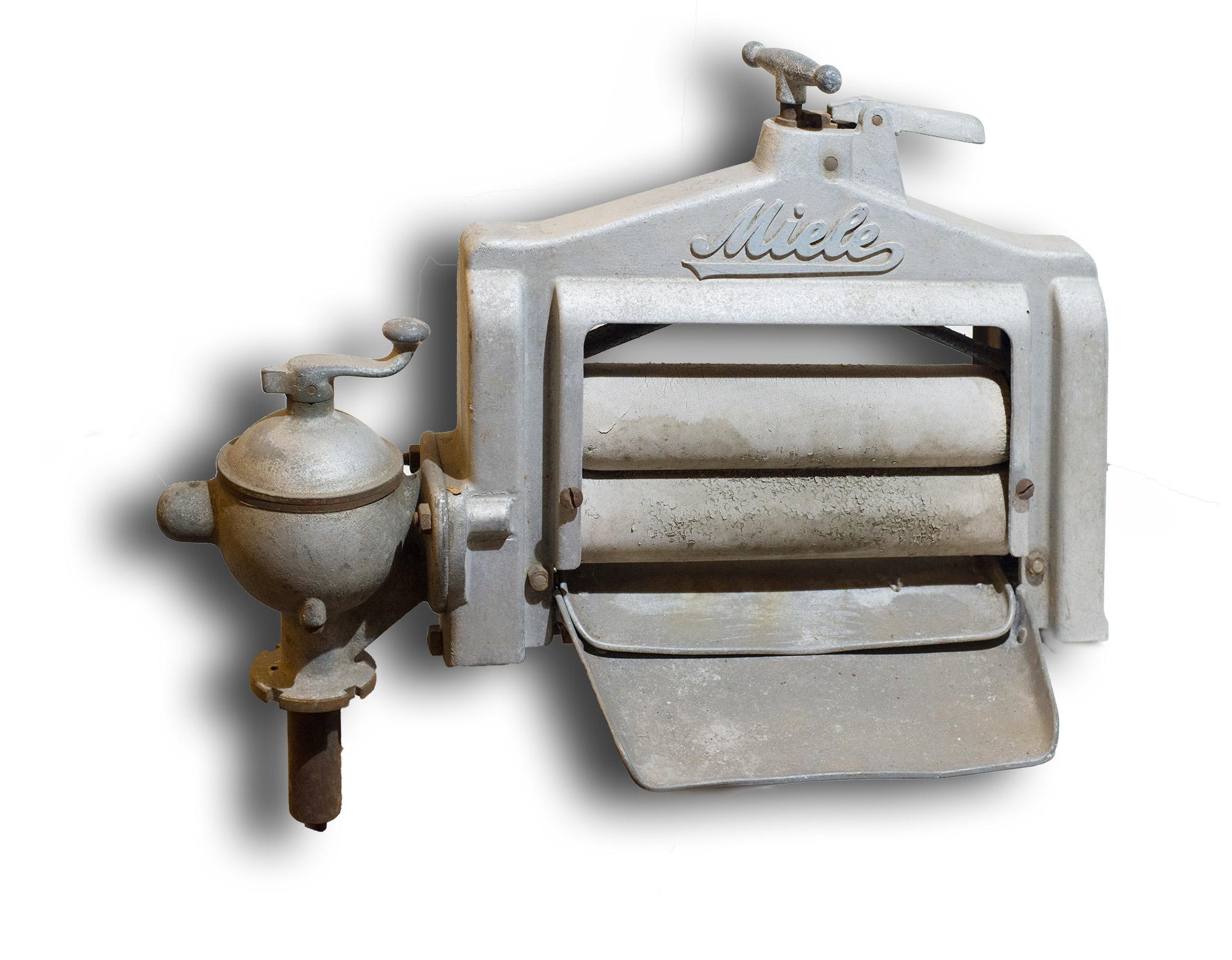 alte miele w schemangel ca um 1900 zum restaurieren oder als ersatzteilspender fund kiste. Black Bedroom Furniture Sets. Home Design Ideas