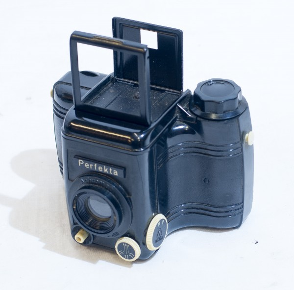 Bakelit Kamera Perfekta DDR VEB Rheinmetall Objektiv Achromat 1:7,7 80mm