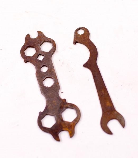 2x Oldtimer Fahrrad Moped Schlüssel Werkzeug -Set
